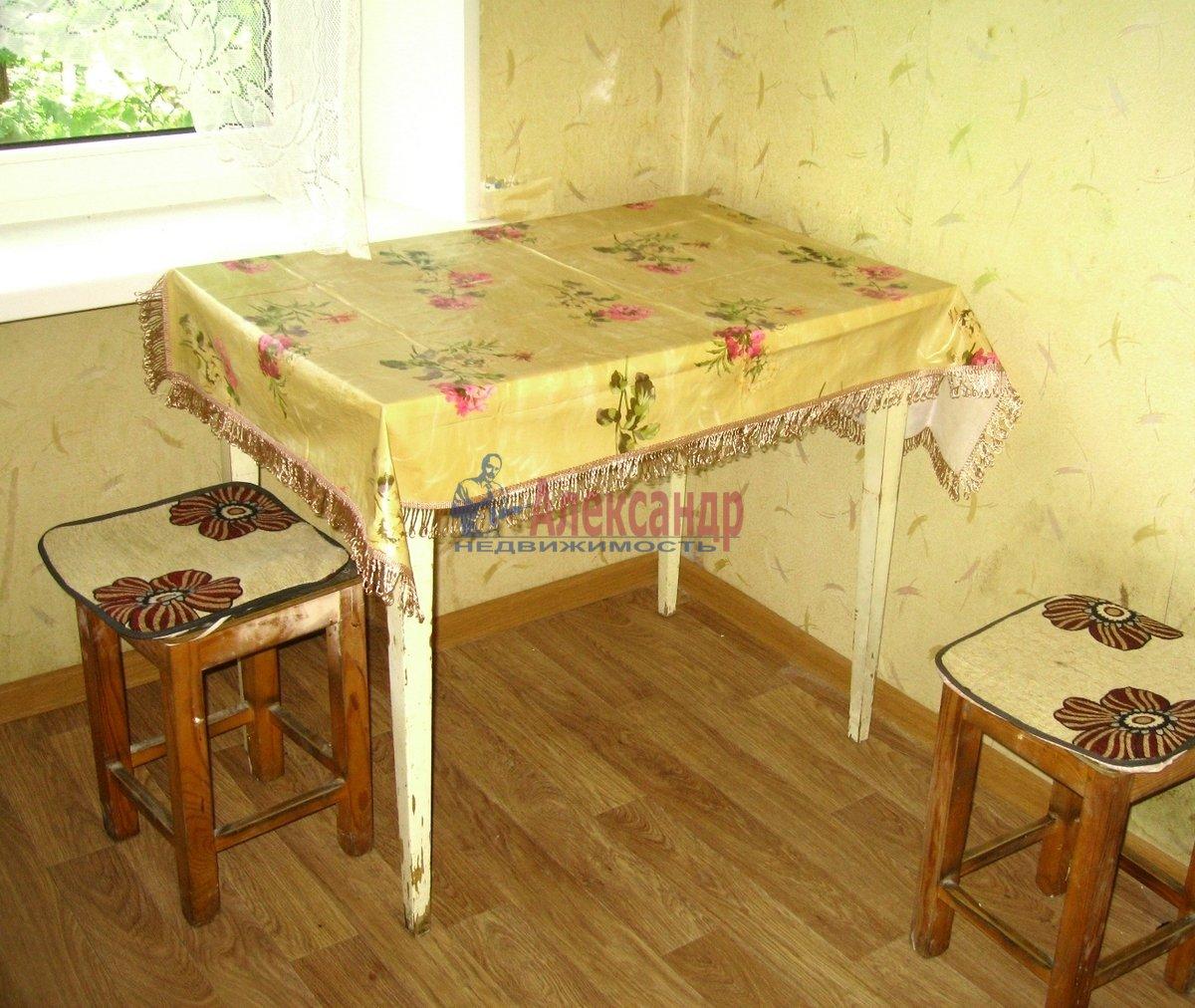 1-комнатная квартира (31м2) в аренду по адресу Матроса Железняка ул., 23— фото 4 из 8