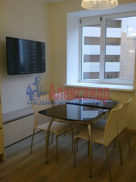 2-комнатная квартира (69м2) в аренду по адресу Российский пр., 8— фото 4 из 16