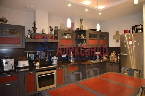 4-комнатная квартира (150м2) в аренду по адресу Рюхина ул., 12— фото 10 из 20