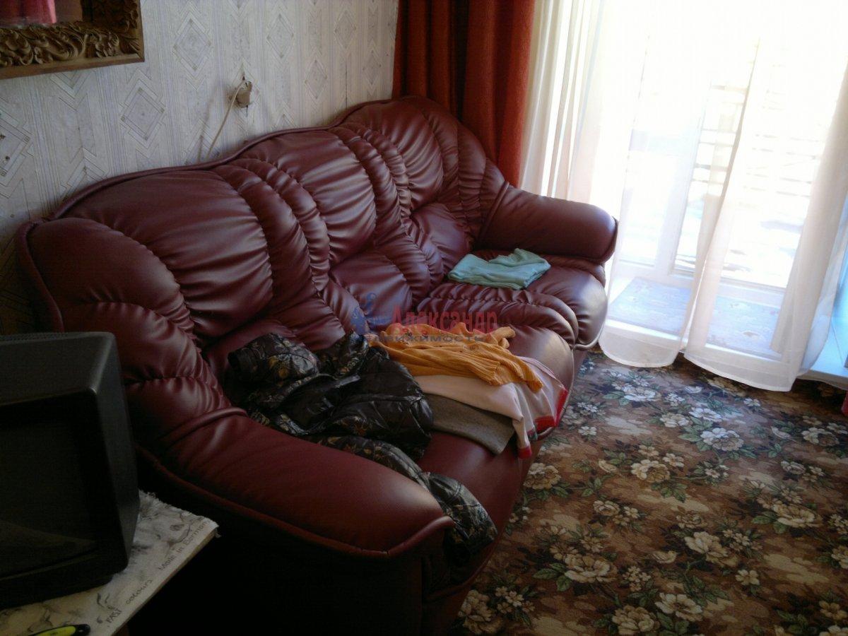 Комната в 4-комнатной квартире (75м2) в аренду по адресу Витебская ул., 5— фото 1 из 5