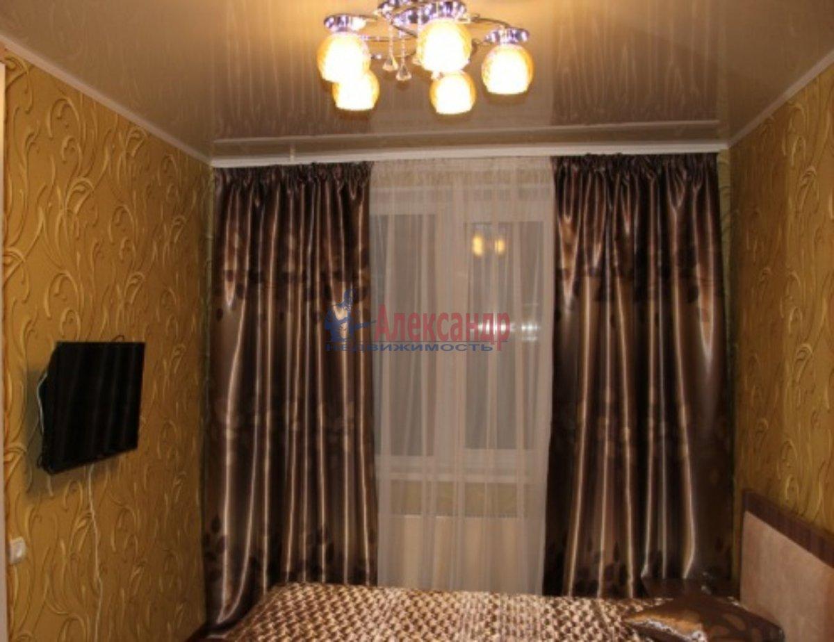 2-комнатная квартира (56м2) в аренду по адресу Беговая ул., 5— фото 3 из 6
