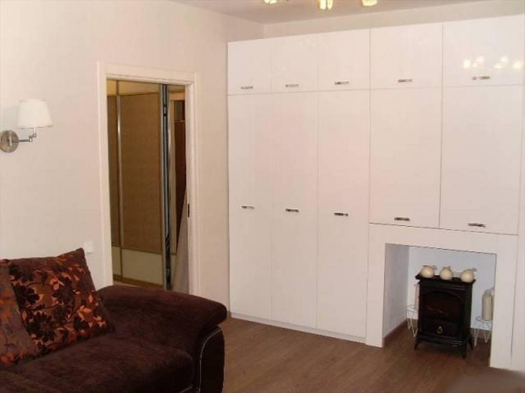1-комнатная квартира (50м2) в аренду по адресу Стачек пр., 92— фото 9 из 16