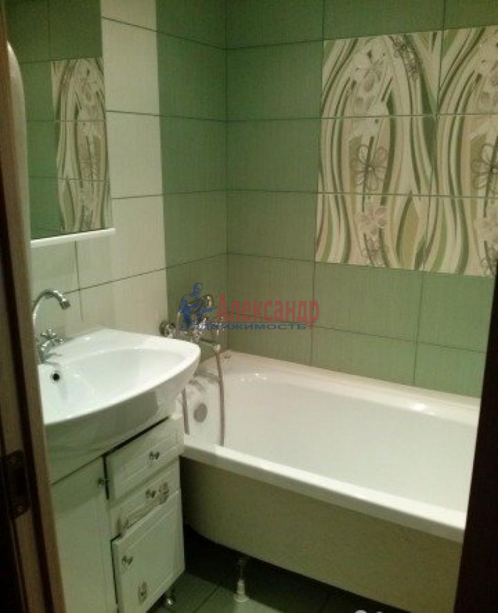 1-комнатная квартира (34м2) в аренду по адресу Новостроек ул., 29— фото 3 из 4
