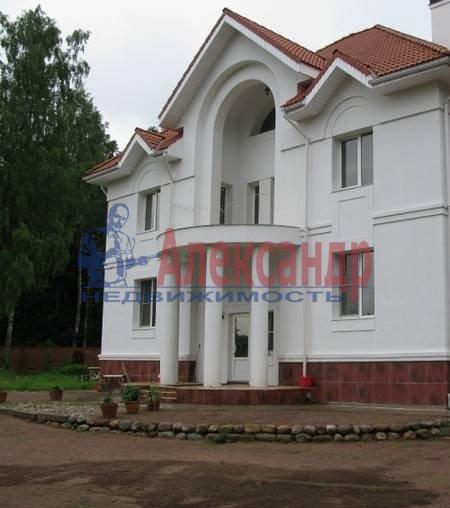 Дом (600м2) в аренду — фото 2 из 3