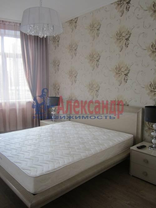 2-комнатная квартира (80м2) в аренду по адресу Исполкомская ул., 12— фото 3 из 13