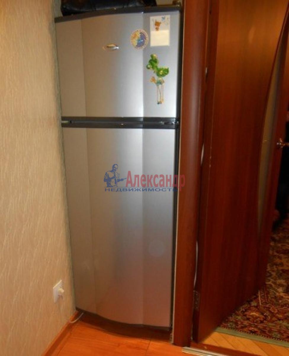 1-комнатная квартира (30м2) в аренду по адресу Звездная ул., 18— фото 7 из 10