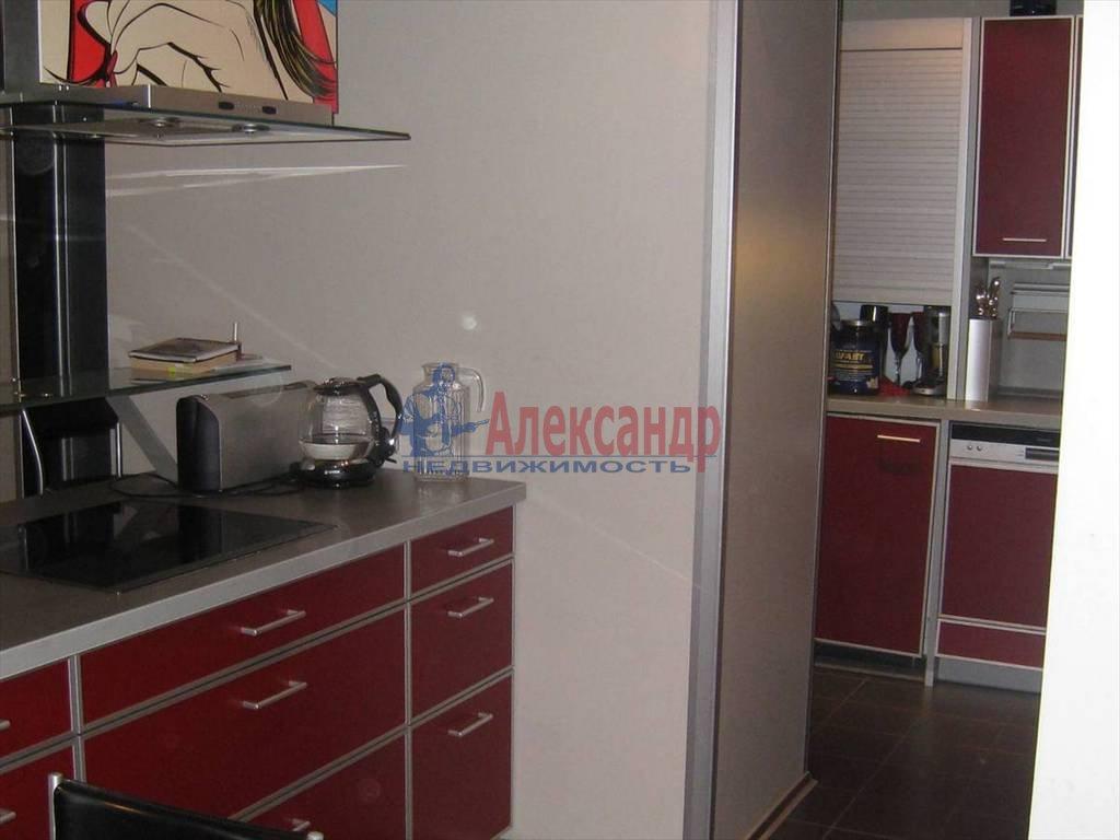 2-комнатная квартира (90м2) в аренду по адресу Миллионная ул., 32— фото 5 из 6