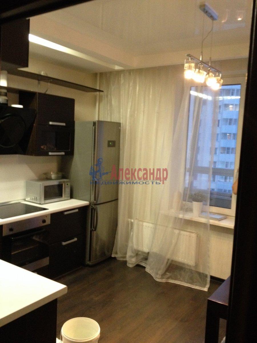 1-комнатная квартира (40м2) в аренду по адресу Нахимова ул., 20— фото 4 из 5