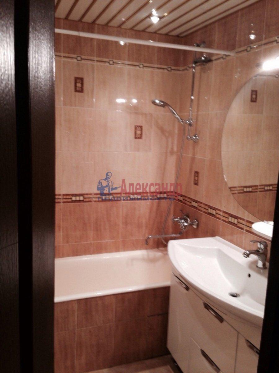 2-комнатная квартира (68м2) в аренду по адресу Ленинский пр., 67— фото 6 из 9