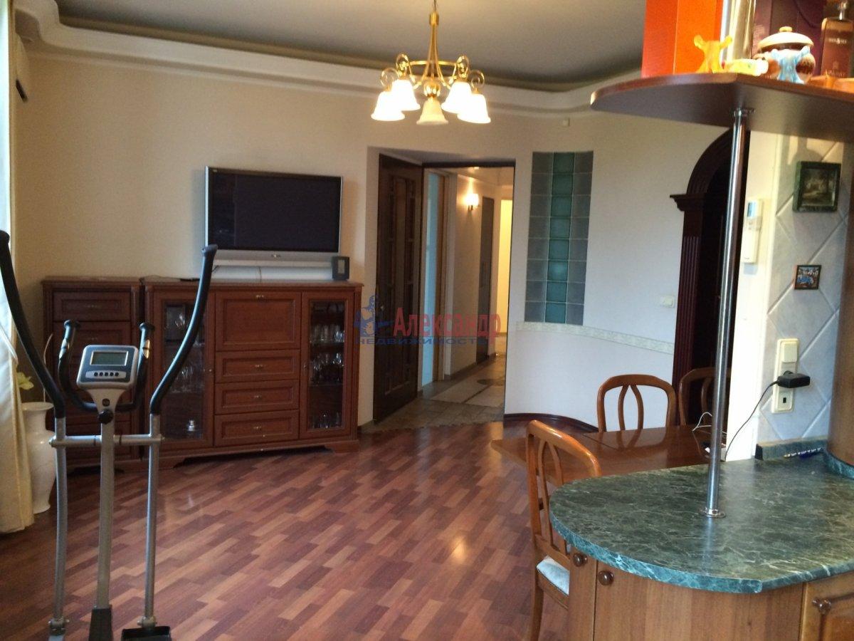 4-комнатная квартира (150м2) в аренду по адресу Кузнецовская ул., 48— фото 10 из 21