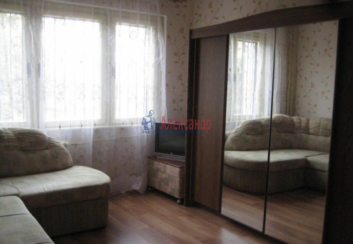 1-комнатная квартира (31м2) в аренду по адресу Туристская ул., 10— фото 1 из 4