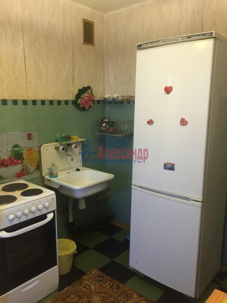 1-комнатная квартира (38м2) в аренду по адресу Турку ул., 18— фото 11 из 12