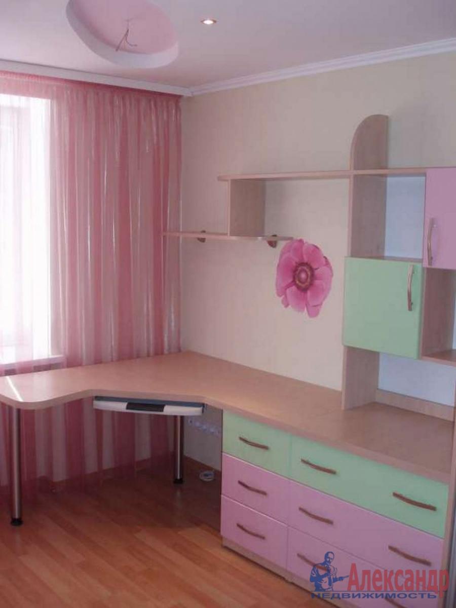 3-комнатная квартира (91м2) в аренду по адресу Комендантский пр., 16— фото 3 из 4