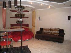2-комнатная квартира (68м2) в аренду по адресу Всеволода Вишневского ул., 13— фото 3 из 4