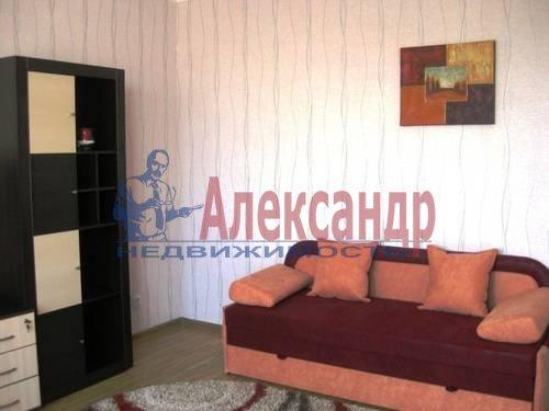 3-комнатная квартира (94м2) в аренду по адресу Выборгское шос., 27— фото 3 из 11