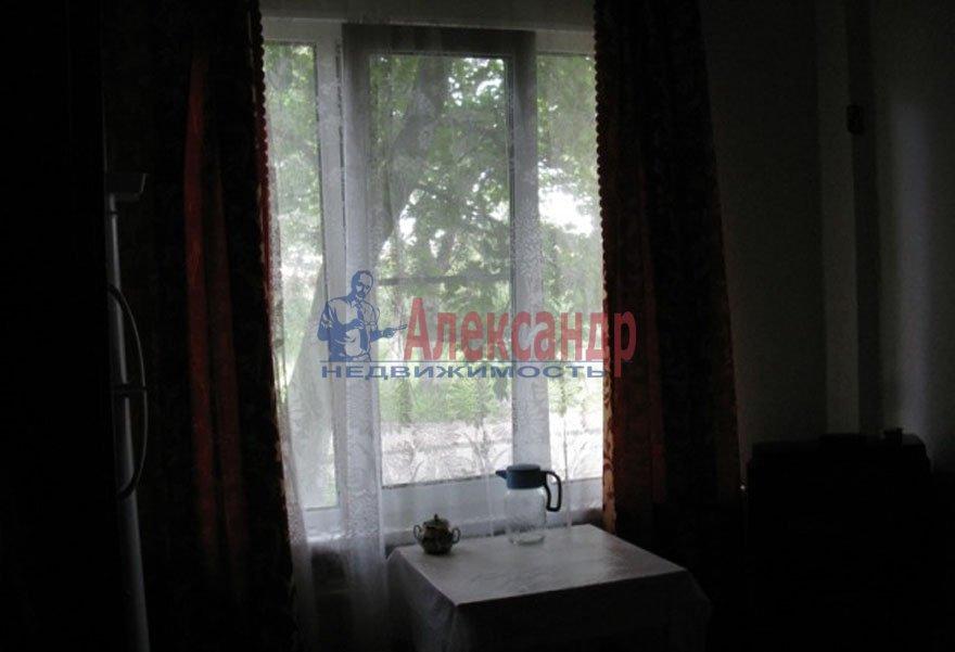1-комнатная квартира (31м2) в аренду по адресу Бухарестская ул., 11— фото 2 из 3