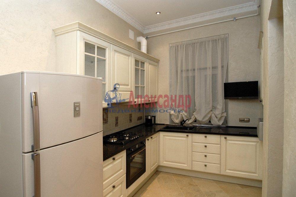 4-комнатная квартира (150м2) в аренду по адресу Миллионная ул., 17— фото 3 из 9