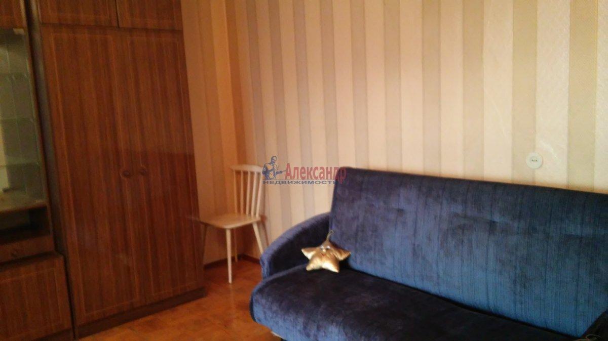1-комнатная квартира (34м2) в аренду по адресу Крыленко ул., 43— фото 1 из 18