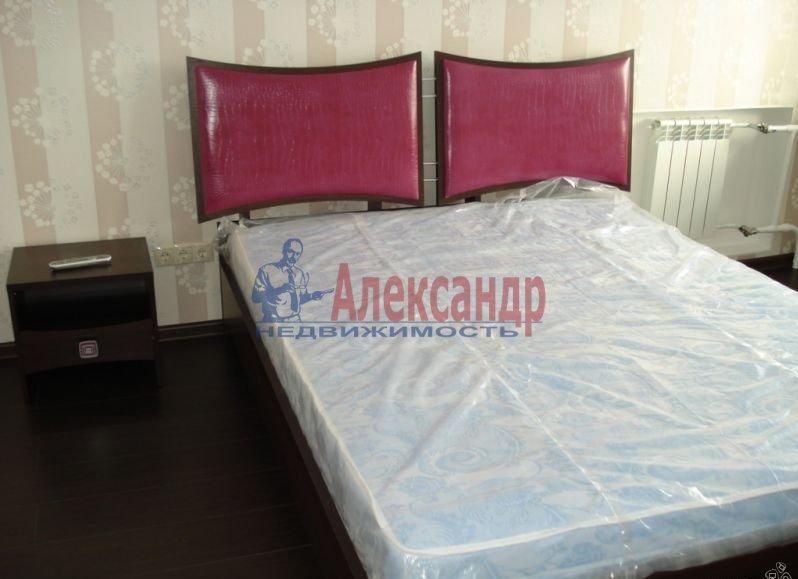 2-комнатная квартира (54м2) в аренду по адресу Байконурская ул., 19— фото 1 из 5