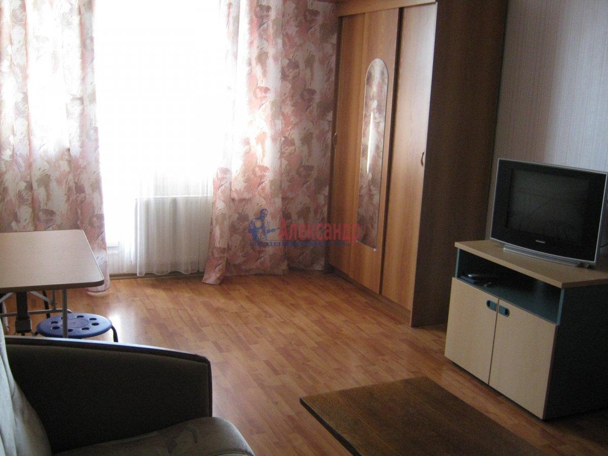 1-комнатная квартира (39м2) в аренду по адресу Науки пр., 14— фото 1 из 3