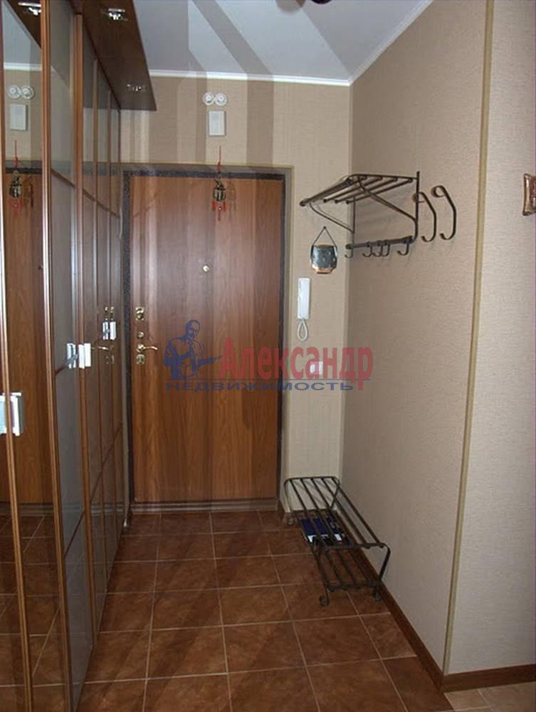 2-комнатная квартира (65м2) в аренду по адресу Бутлерова ул., 40— фото 5 из 14