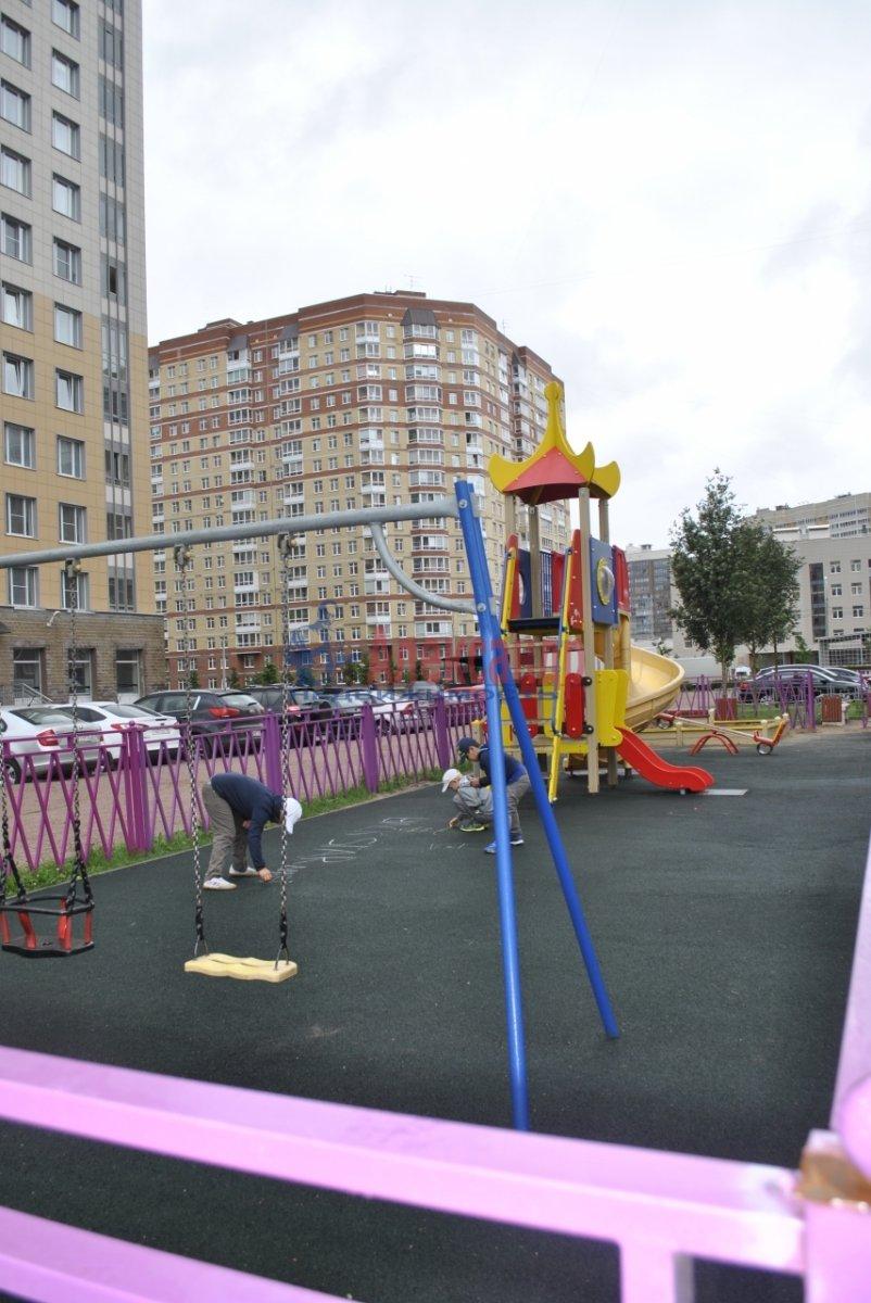 1-комнатная квартира (44м2) в аренду по адресу Лыжный пер., 4— фото 18 из 19