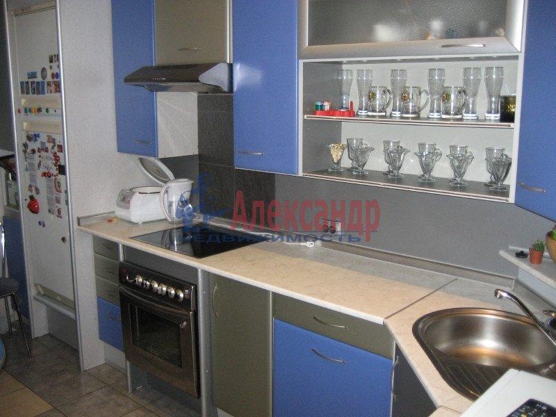 1-комнатная квартира (35м2) в аренду по адресу Ленсовета ул., 88— фото 1 из 8