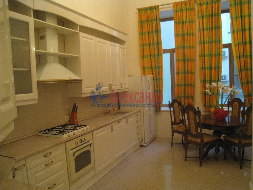 5-комнатная квартира (230м2) в аренду по адресу Адмиралтейская наб., 12— фото 2 из 6