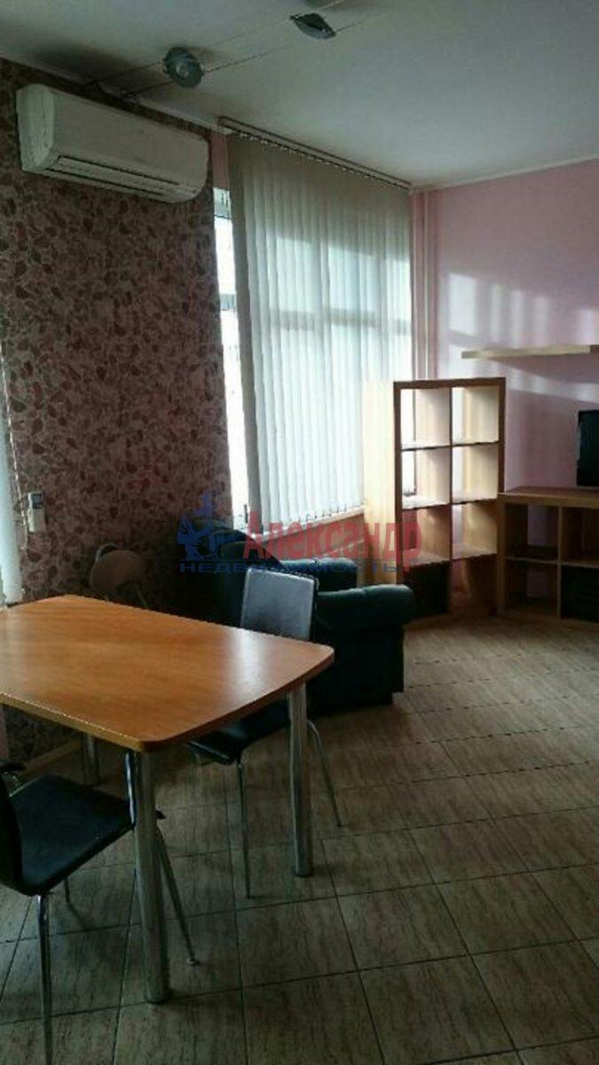 2-комнатная квартира (60м2) в аренду по адресу Боткинская ул., 15— фото 2 из 4