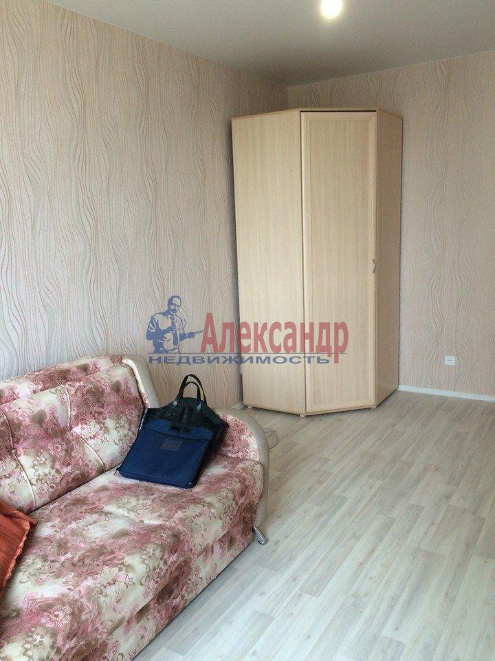 1-комнатная квартира (40м2) в аренду по адресу Русановская ул., 17— фото 4 из 7