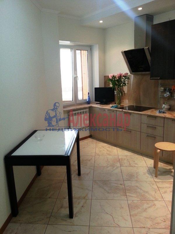 2-комнатная квартира (69м2) в аренду по адресу Варшавская ул., 23— фото 4 из 12