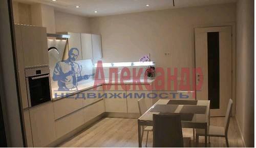 3-комнатная квартира (87м2) в аренду по адресу Комендантский пр., 53— фото 3 из 6