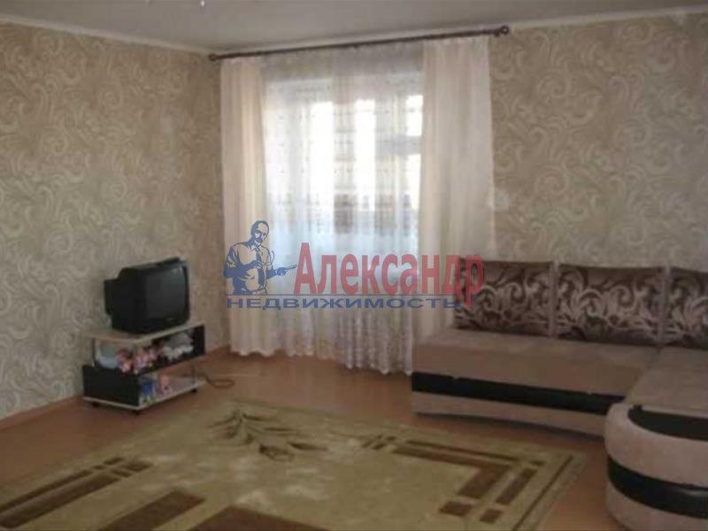 1-комнатная квартира (35м2) в аренду по адресу Прибрежная ул., 4— фото 1 из 4