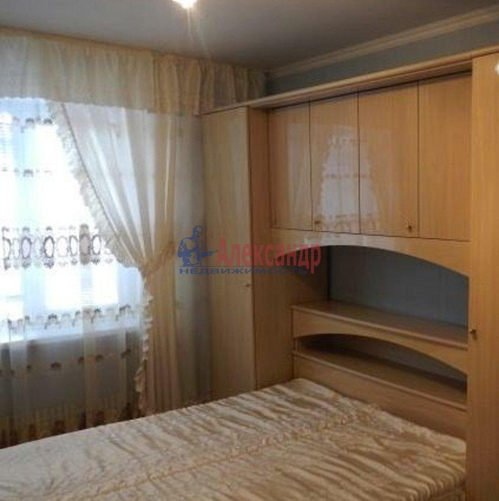 2-комнатная квартира (45м2) в аренду по адресу Московский просп., 18— фото 2 из 3