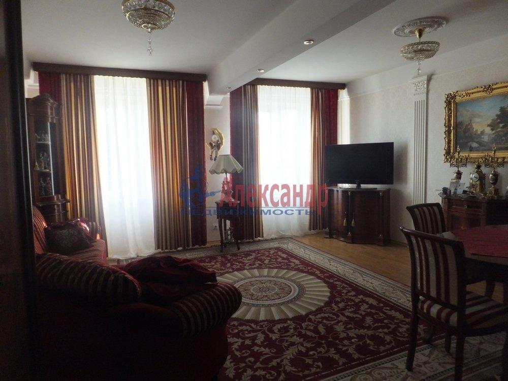 3-комнатная квартира (100м2) в аренду по адресу Елагинский пр., 42— фото 2 из 5