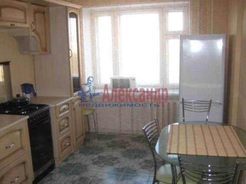 1-комнатная квартира (35м2) в аренду по адресу Прибрежная ул., 4— фото 2 из 4