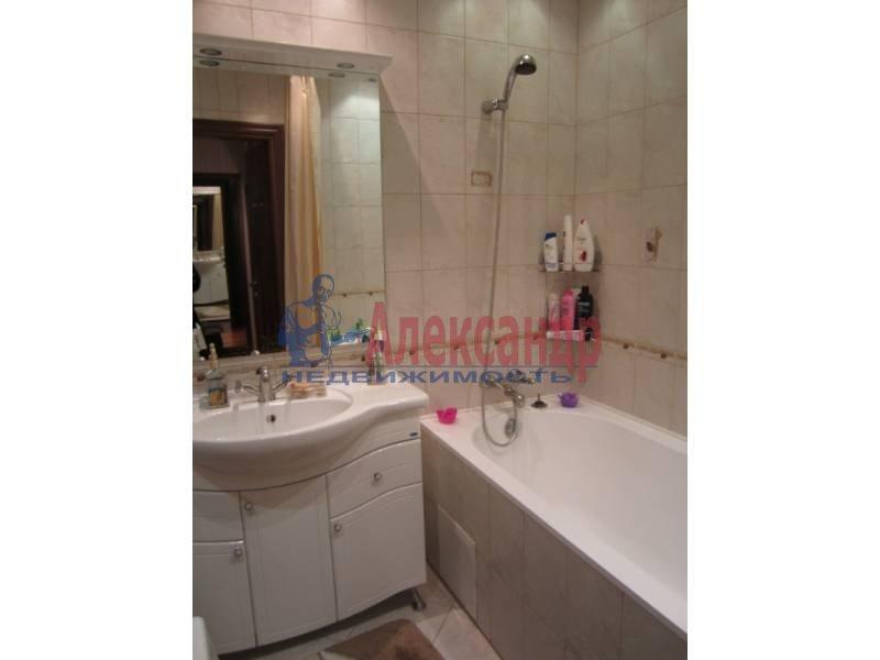 3-комнатная квартира (78м2) в аренду по адресу Ярослава Гашека ул., 15— фото 4 из 6