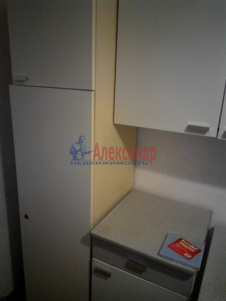 1-комнатная квартира (35м2) в аренду по адресу Большой пр., 10— фото 2 из 10