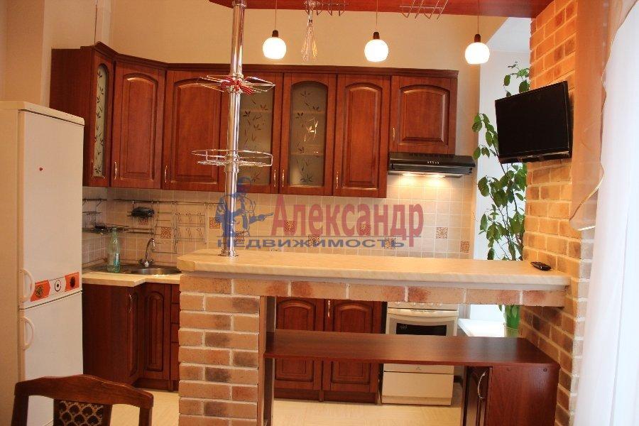 1-комнатная квартира (40м2) в аренду по адресу Большая Пушкарская ул., 27— фото 3 из 7