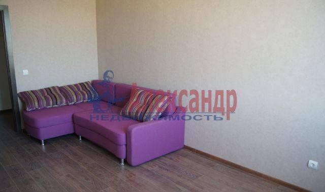 2-комнатная квартира (50м2) в аренду по адресу Туристская ул., 23— фото 2 из 8