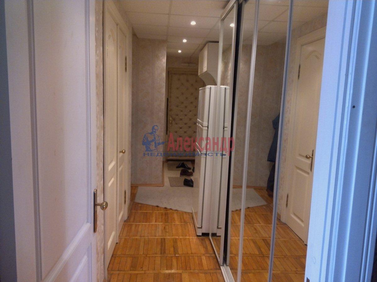 1-комнатная квартира (42м2) в аренду по адресу Комендантский пр., 16— фото 1 из 3
