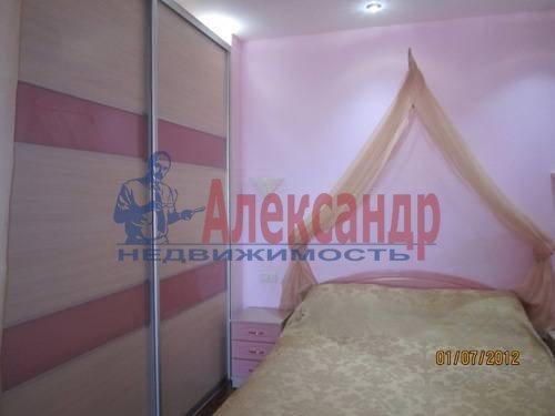 2-комнатная квартира (57м2) в аренду по адресу Композиторов ул., 31— фото 1 из 7