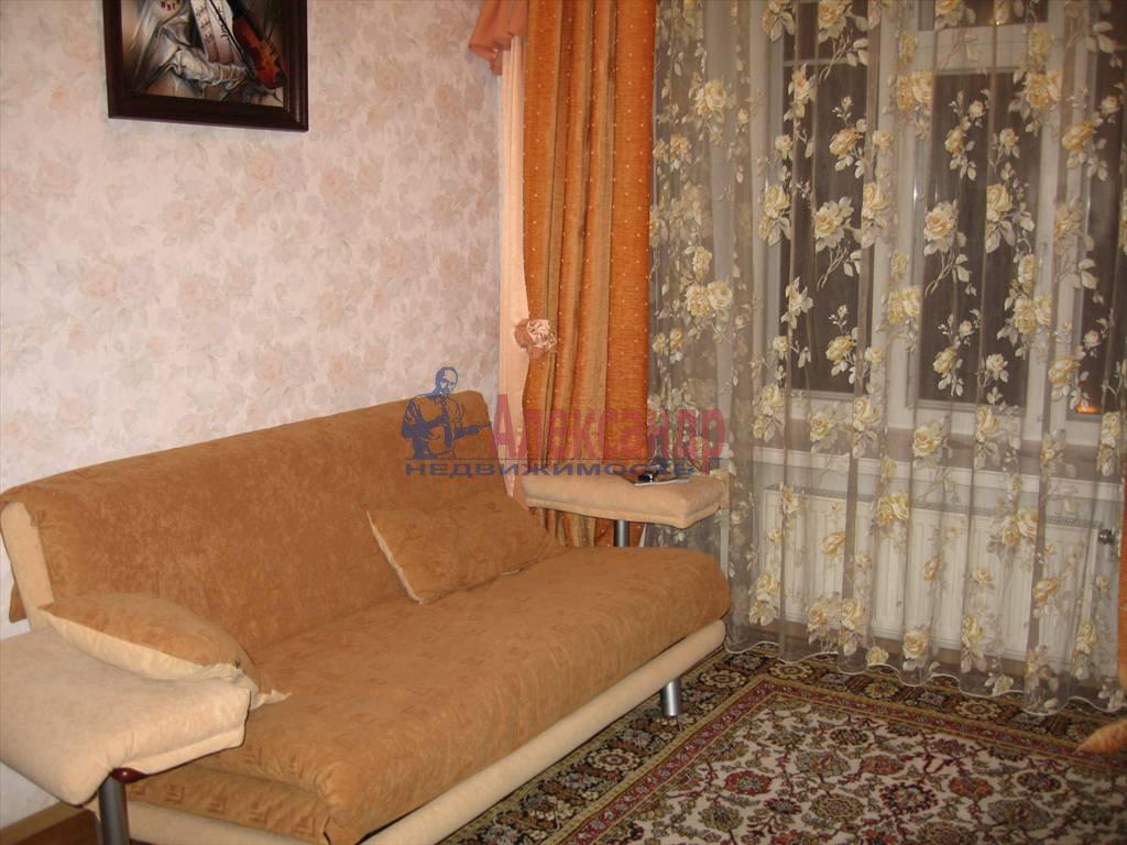 4-комнатная квартира (110м2) в аренду по адресу Малый пр., 26— фото 5 из 6