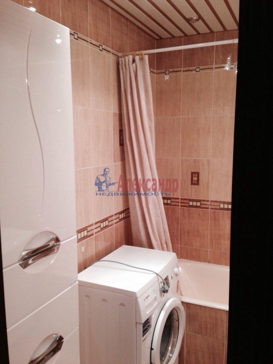 2-комнатная квартира (68м2) в аренду по адресу Ленинский пр., 67— фото 7 из 9
