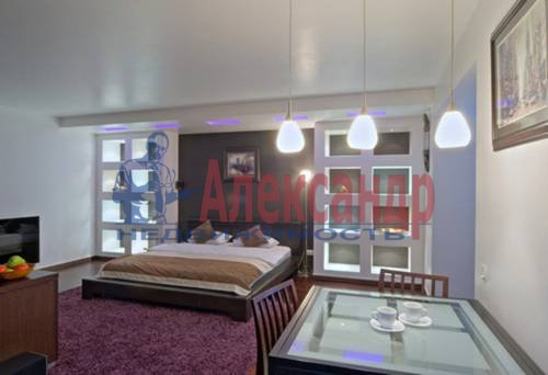 1-комнатная квартира (49м2) в аренду по адресу Комендантский пр., 17— фото 2 из 5
