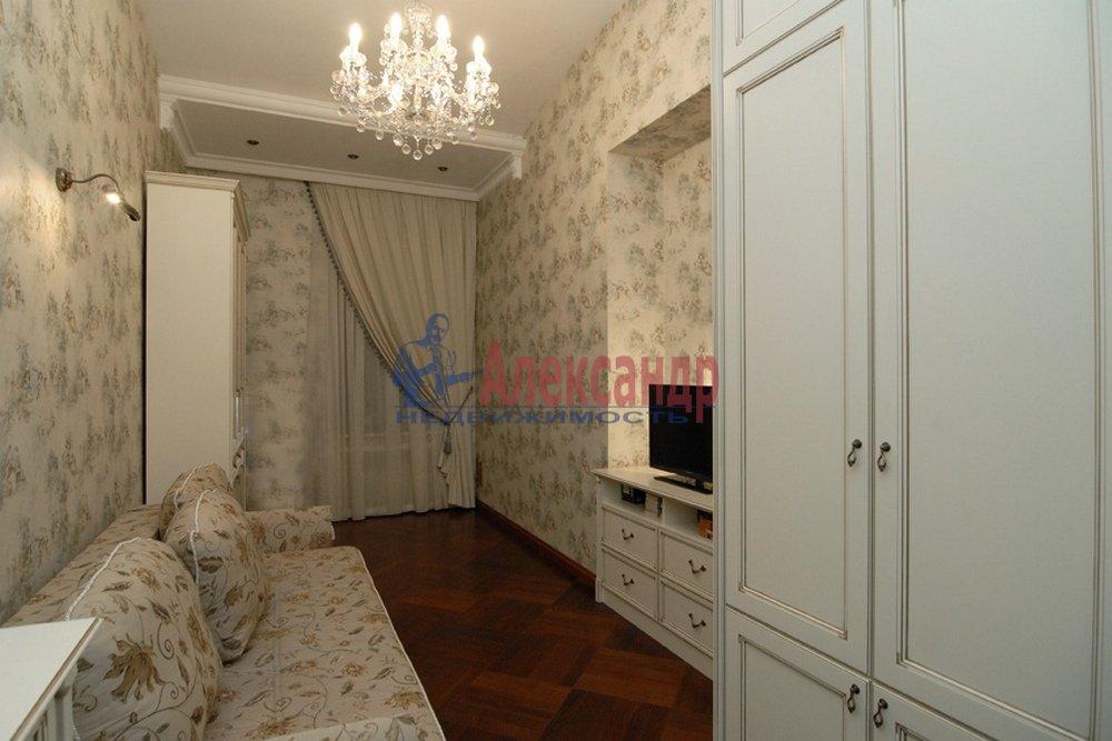 4-комнатная квартира (150м2) в аренду по адресу Миллионная ул., 17— фото 6 из 9