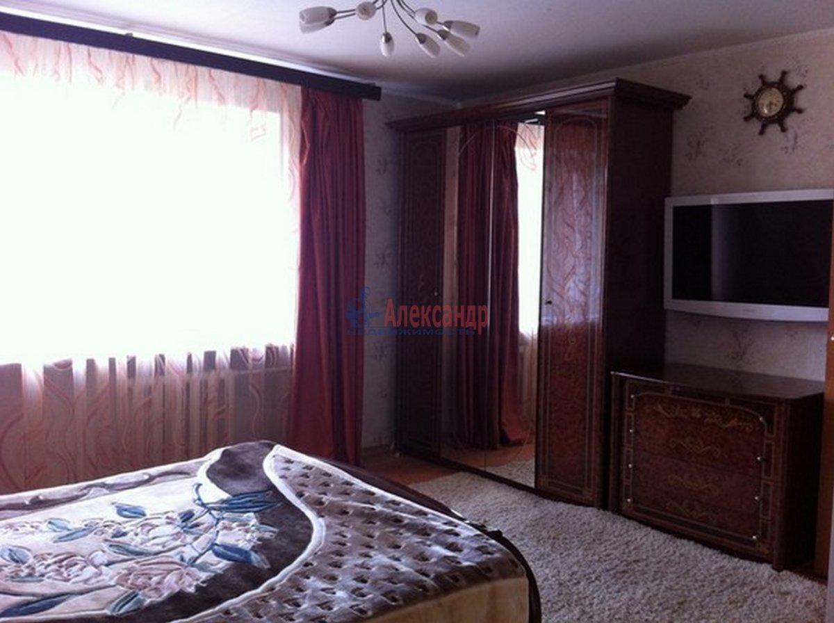 1-комнатная квартира (45м2) в аренду по адресу Колокольная ул.— фото 3 из 3