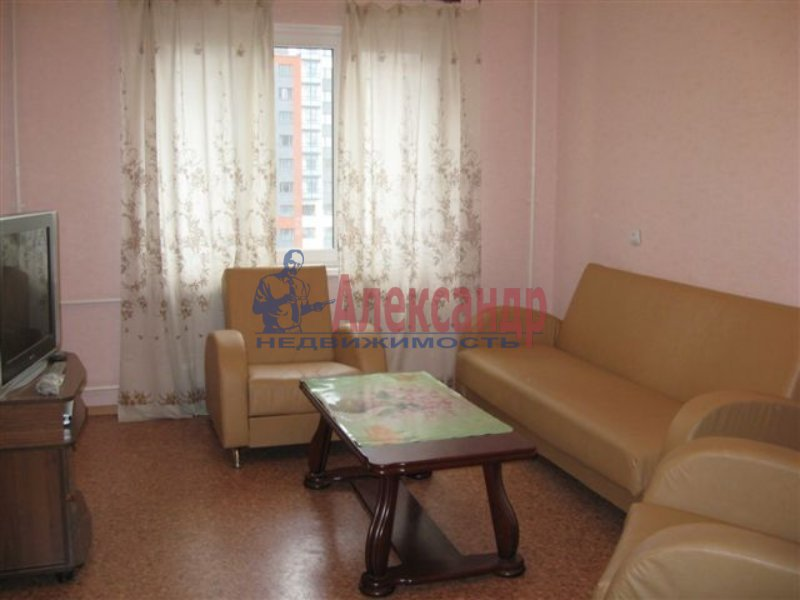 1-комнатная квартира (40м2) в аренду по адресу Победы ул., 4— фото 1 из 3