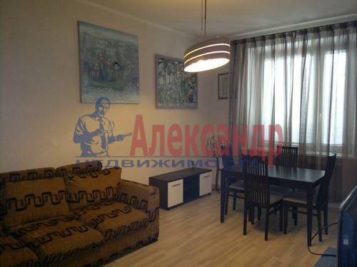 2-комнатная квартира (79м2) в аренду по адресу Ленинский пр., 109— фото 2 из 8