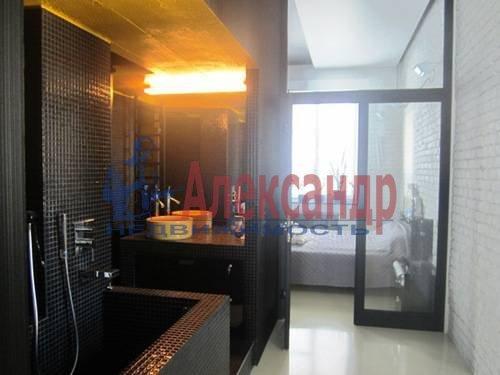 4-комнатная квартира (220м2) в аренду по адресу Невский пр., 88— фото 3 из 10